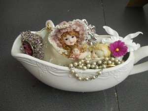 Original Designs from found objects BRENDA GARDINER Canadian Craft Artist for more information -  fabulous58i@shaw.ca 2014 (c) Copyrighted All Rights Reserved